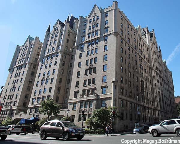 Le Chateau Apartments, Montreal Canada