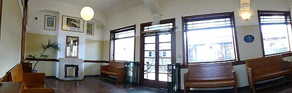 Leamington Spa Railway Station  Uk