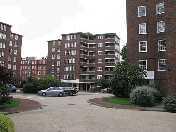 Street Parking London >> The Cundy Street Flats