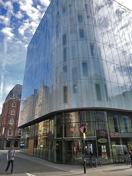 W Hotel Amp M Amp M World London Uk