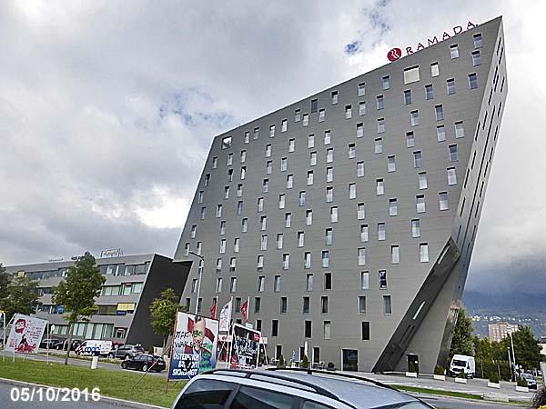 Hotel ramada innsbruck tivoli austria for Design hotel innsbruck